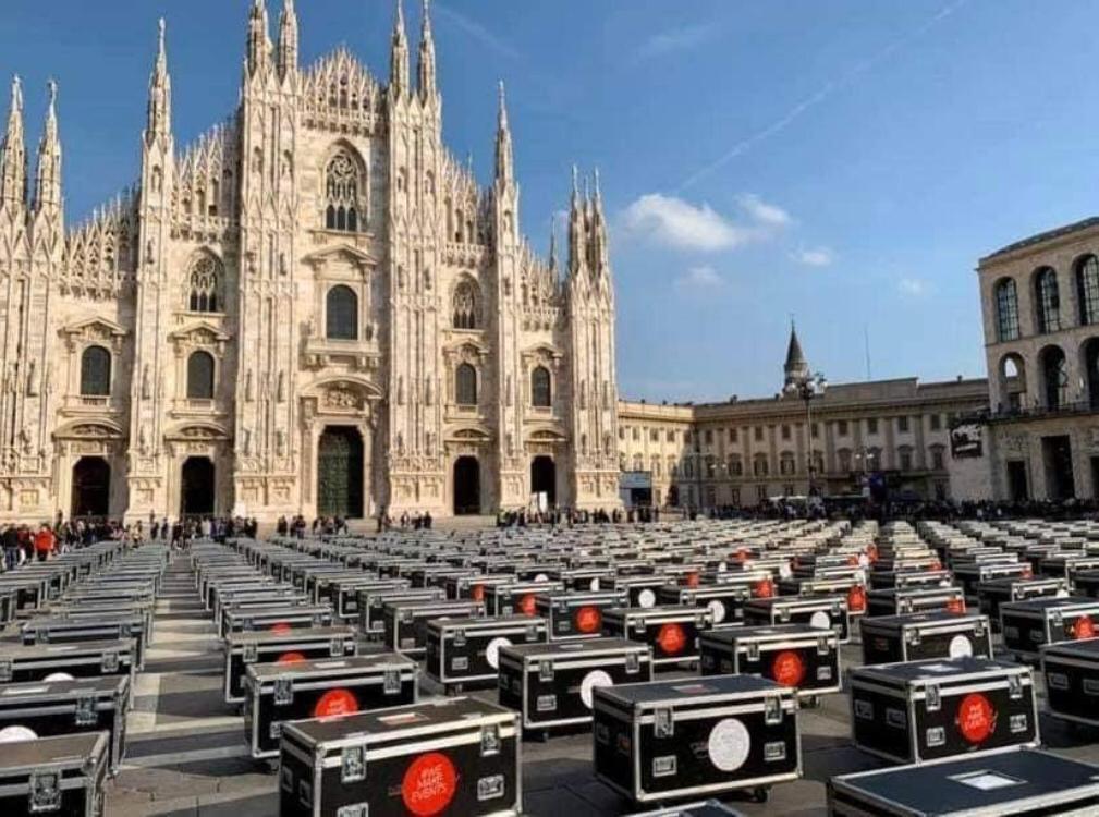 Bauli in Piazza Roma Milano