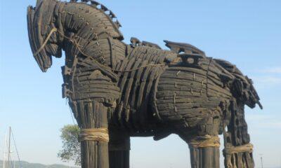 Ulisse e il cavallo di troia