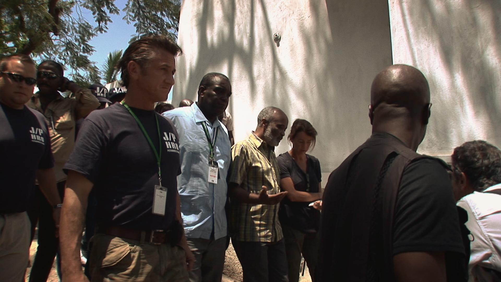 Citizen Penn documentario su Sean Penn ad Haiti