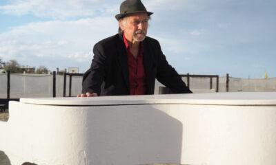 Giangilberto Monti spettacolo al Teatro Munari di Milano