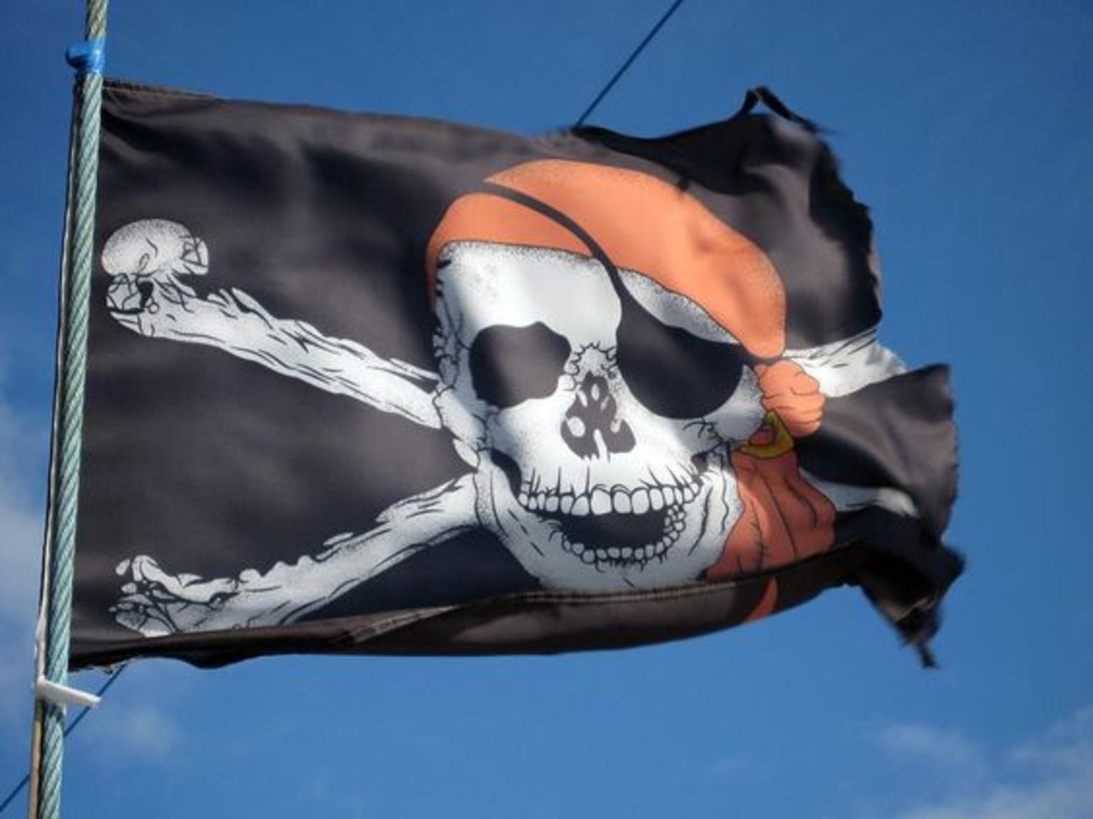Lux kazimierz lux pirata caraibi